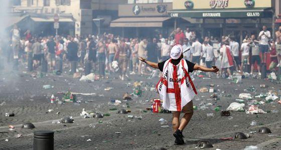 抵制世界杯?保护英格兰球迷的性命免遭涂炭